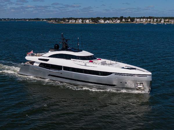 "Columbus Yachts 40S HYBRID 2013 Columbus 131' ''ELEONORA III"" -  Profile"