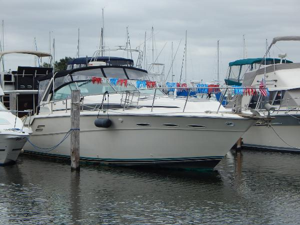 Sea Ray 460 Express Cruiser SeaRay