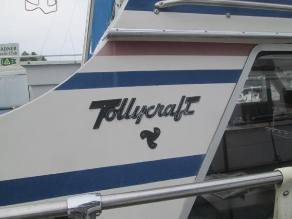 Tollycraft 34 Tri Cabin Tollycraft