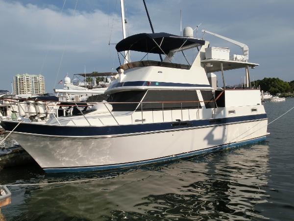 Californian 38' Motor Yacht Port Profile