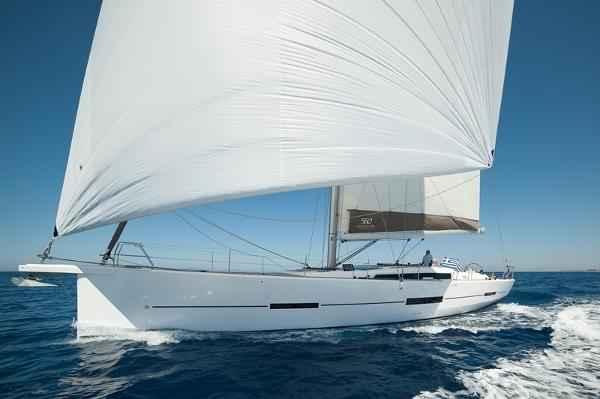 Dufour 560 Grand Large sailing