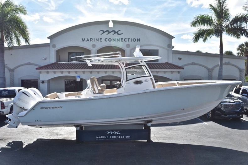 Sportsman Open 312 Center Console