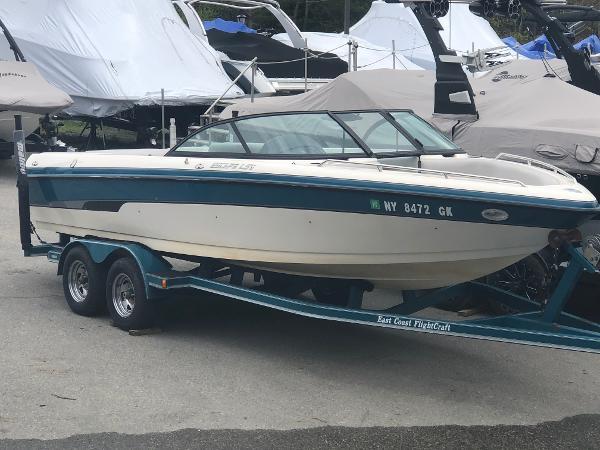 Malibu Escape 23 LSV