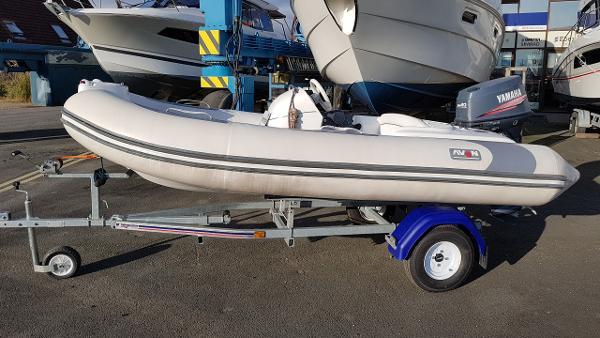 Avon Seasport SE 360 DL