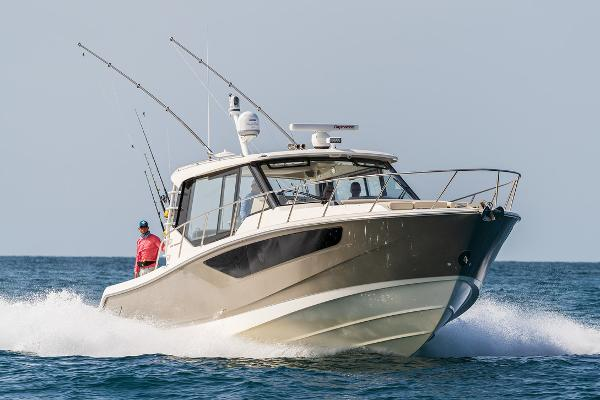 Boston Whaler 405 Conquest Manufacturer Provided Image