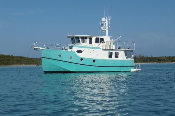 Mirage Great Harbour GH37 Trawler