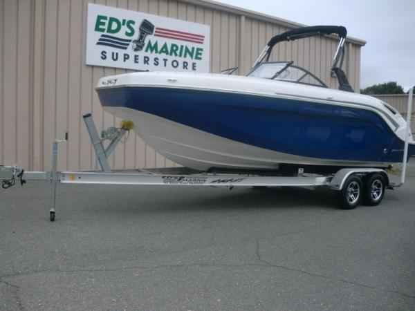 Bayliner DX 2200