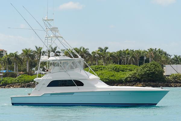 Bertram 60 Convertible Starboard Profile