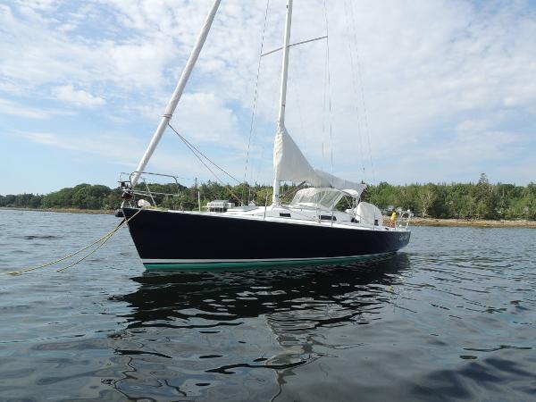 J Boats J/105 J/105