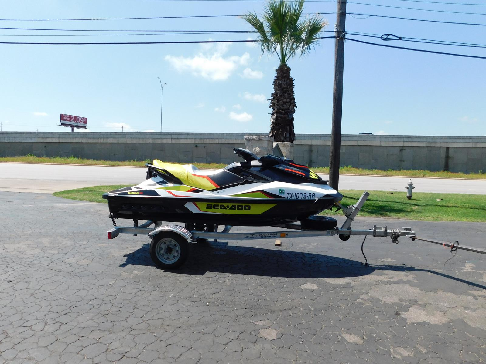 Sea-Doo Sport Boats WAKE 155