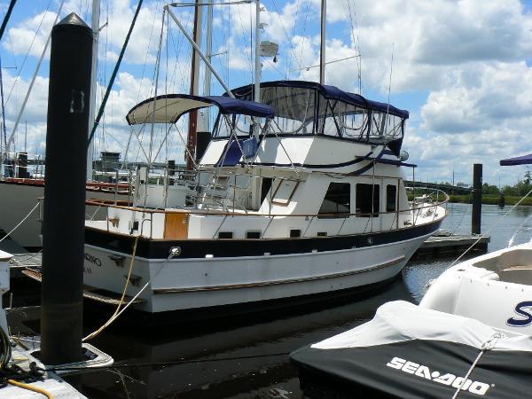 Defever 40 Passagemaker Starboard View
