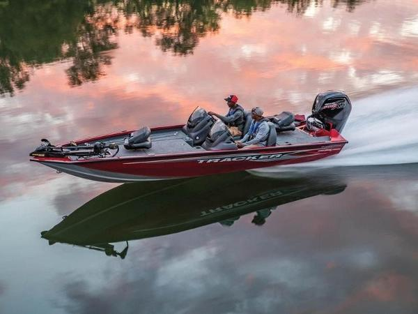 Tracker ® Boats Pro Team™ 190 TX Tournament Ed.