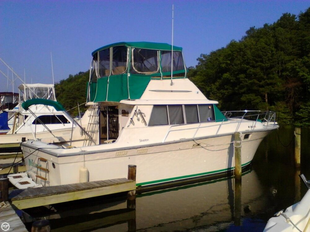 Silver Wave 37 Convertible 1989 Silverton 37 Convertible for sale in Lusby, MD