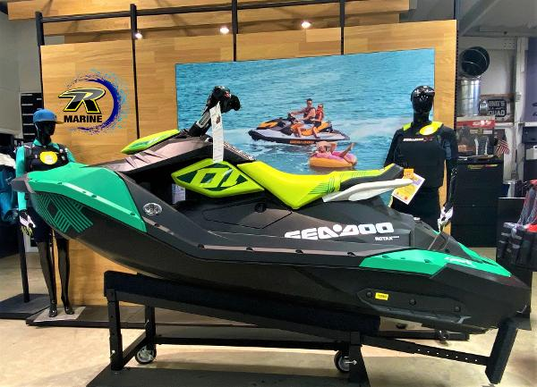 Sea-Doo SPARK TRIXX 2up