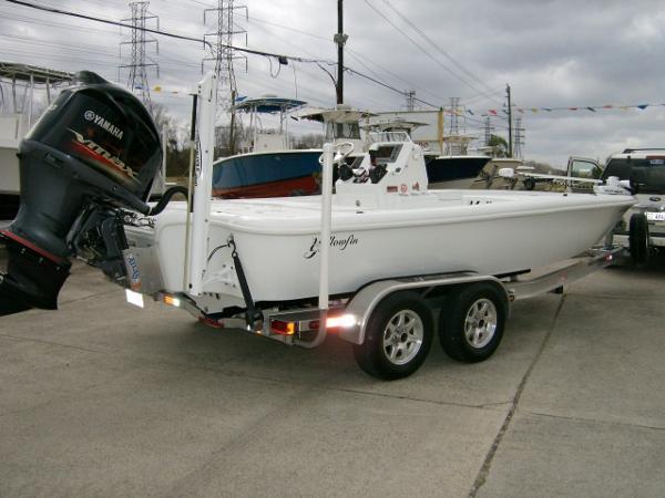 Yellowfin 21 Hybrid