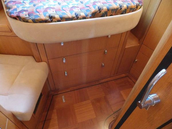 Fwd cabin drawers