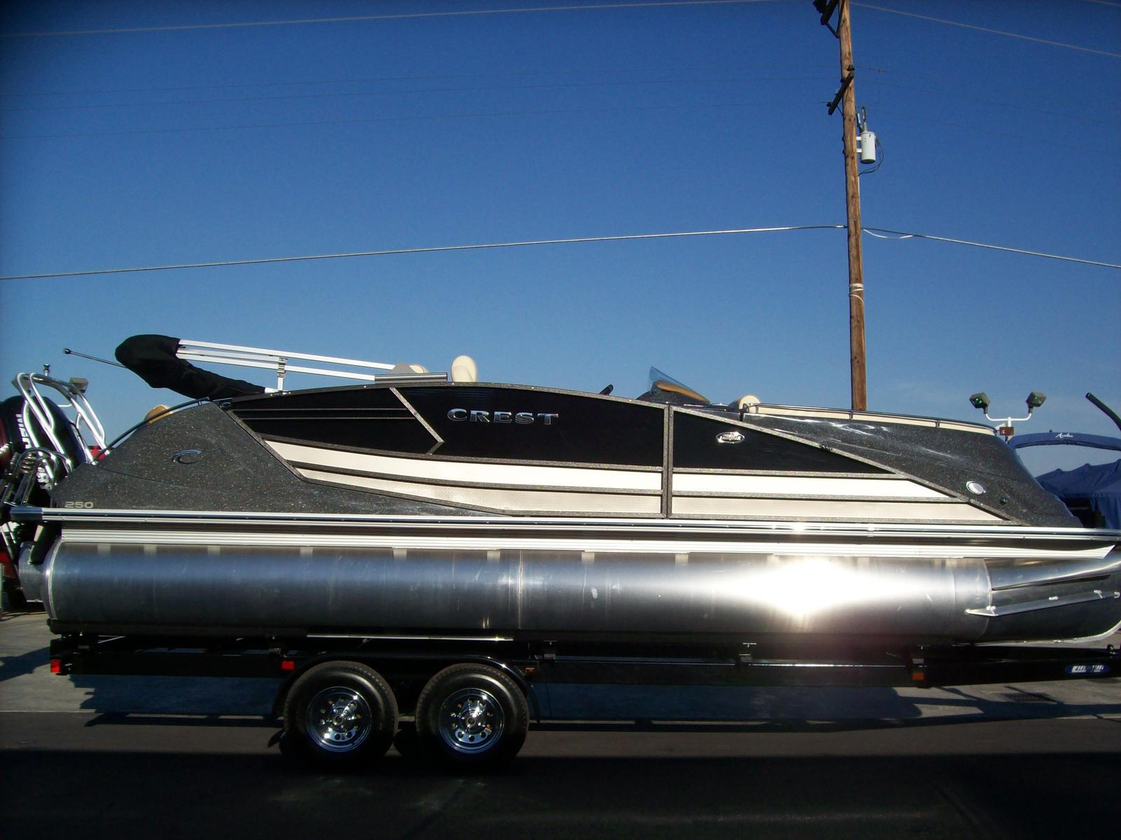 Crest Pontoon Boats Savannah 250 NX-SLR2-Mercury Verado
