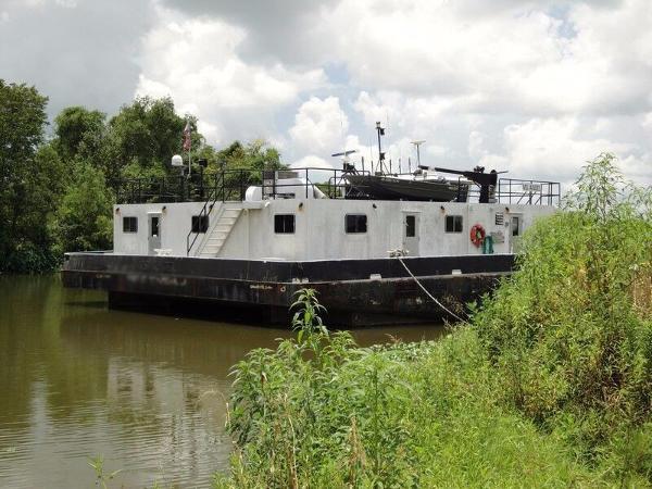 Halimar Shipyard Push Boat / Barge Combo