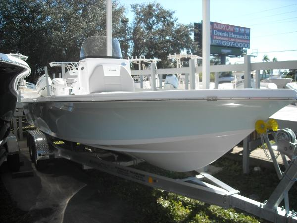 Sea Pro 248 Bay