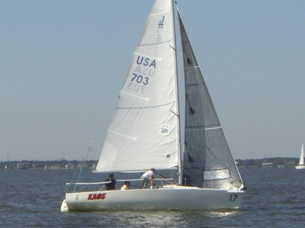 J Boats J/80 Kaos-Upwind