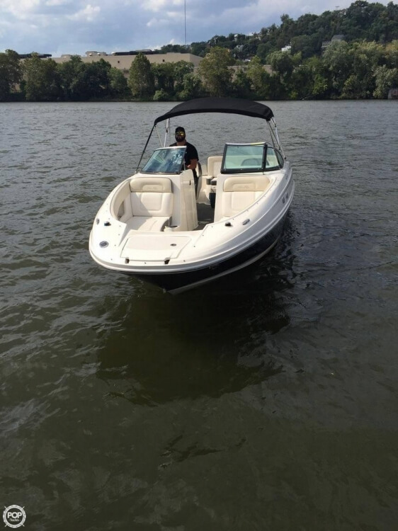 Sea Ray 240 Sundeck 2012 Sea Ray 240 Sundeck for sale in Everett, PA