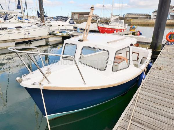 Plymouth Pilot 18 Cuddy Plymouth Pilot 18