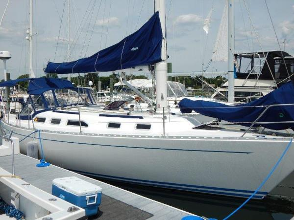 Mach I-freedom Boats 38