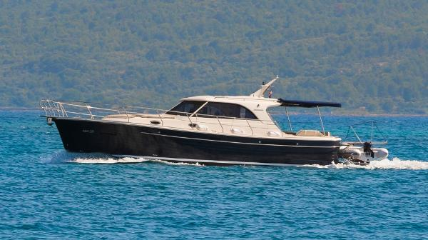 Custom Adriana Boats 44