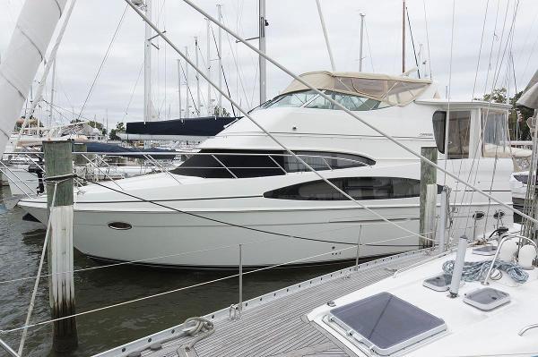 Carver 466 Motor Yacht Profile