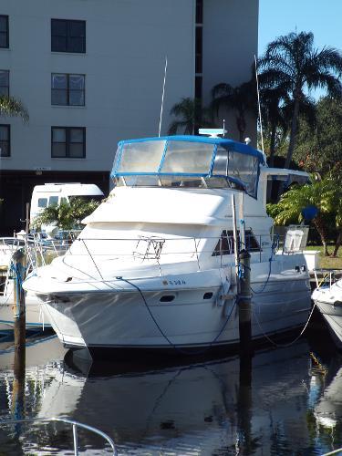Cruisers Yachts 3650 Aft Cabin Portside Profile 1