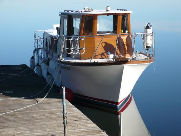 Cliff Richardson Boats Custom Trawler Bow View