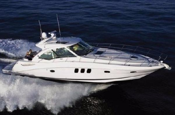 "Sea Ray 480 Sundancer ""Sistership"" Photo"