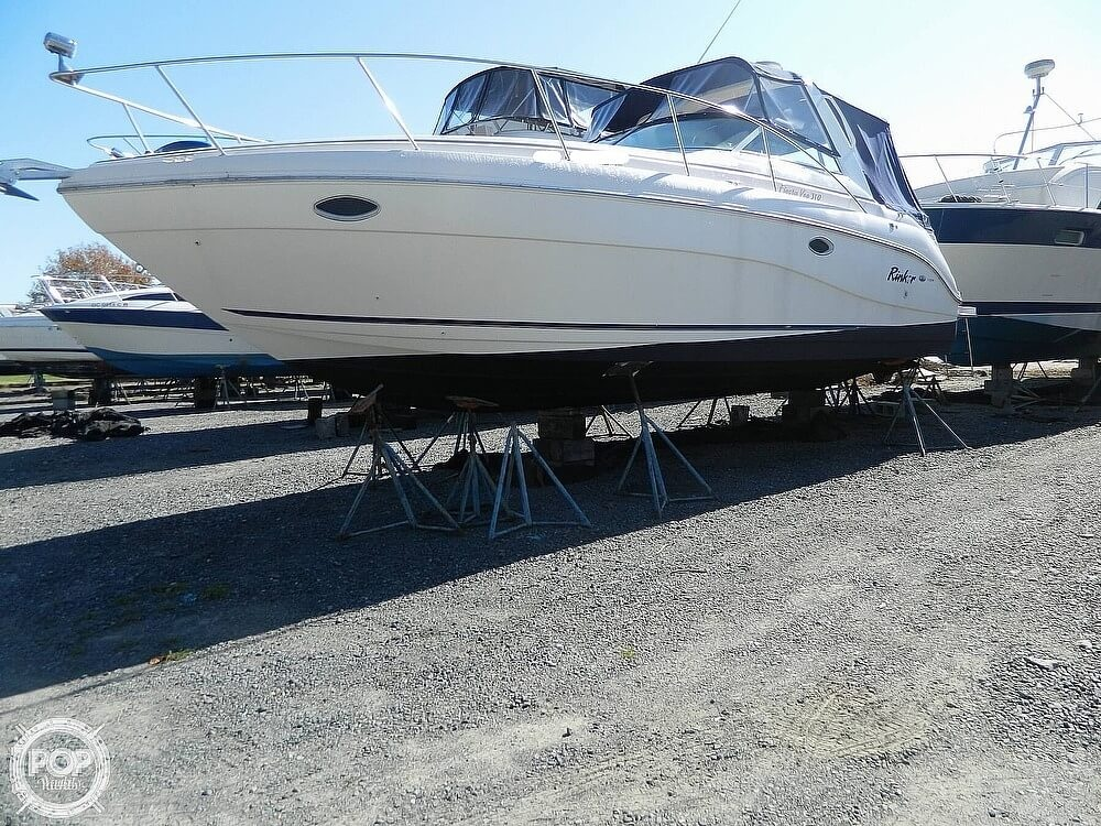Rinker 310 Fiesta Vee 2000 Rinker 310 Fiesta Vee for sale in Fort Washington, MD