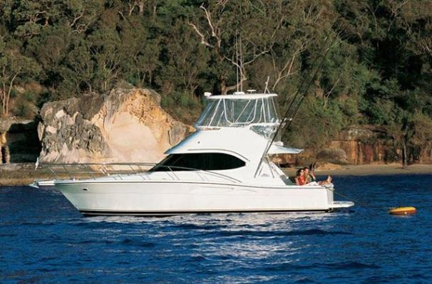 Riviera 37 Flybridge Manufacturer Provided Image: 37 Flybridge
