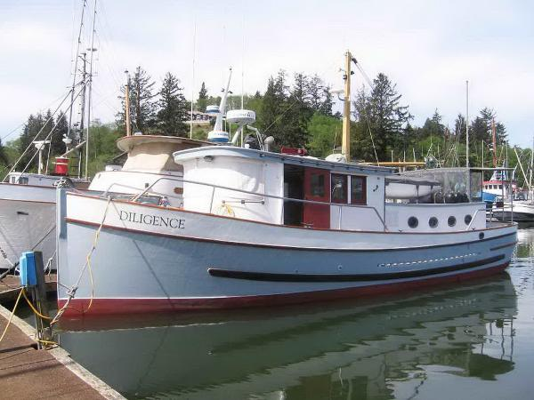 Custom Trawler Classic Wood Yacht