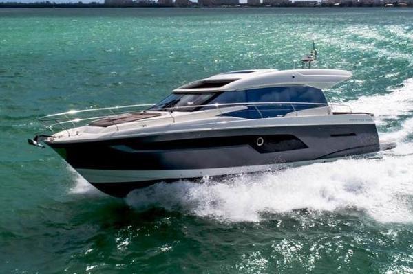 Prestige 520 S
