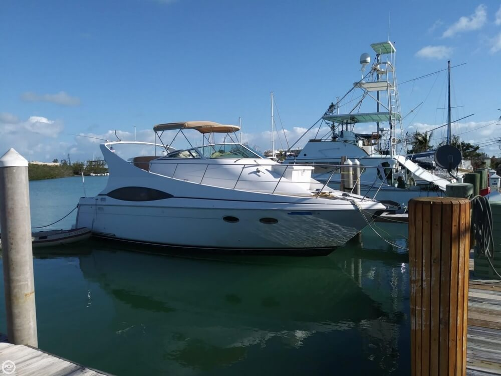 Carver 350 Mariner 2000 Carver Mariner 350 for sale in Marathon, FL