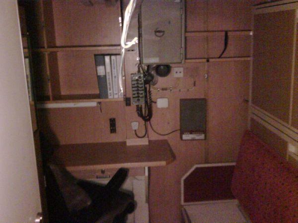 2 bed cabin aft
