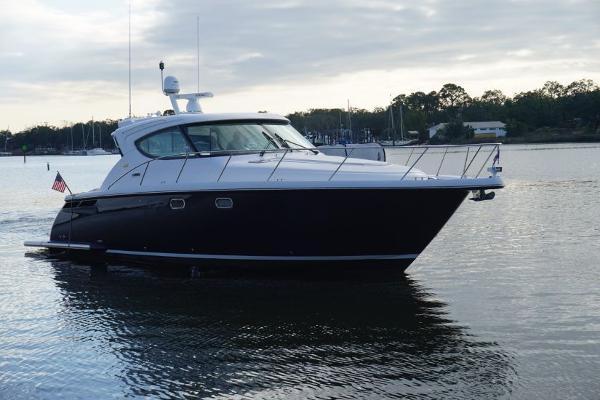 Tiara Yachts 45 Sovran 2015 45 Tiara Sovran Captains Choice Profile