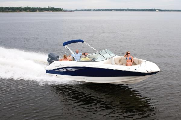 2015 Nautic Star 223 DC Deck Boat Side View