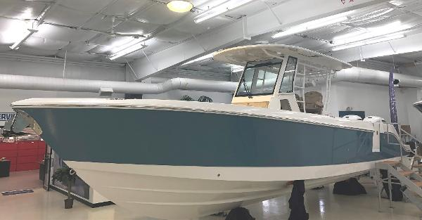 Edgewater 340 CC Sister Ship