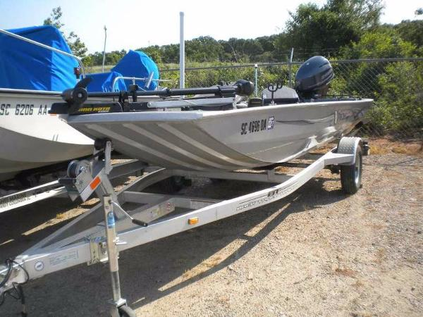 Xpress Boats XP Panfish Stick Steering XP16PF