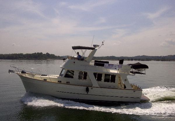 Clipper Motor Yachts 40
