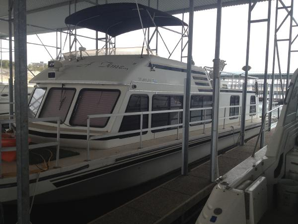 Gibson 47 Sport House Boat