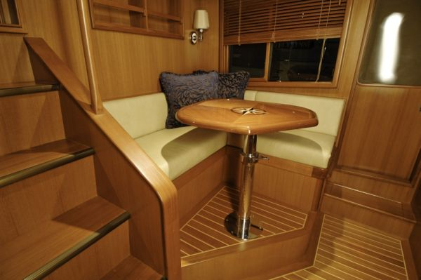 Pilothouse Settee Watchberth