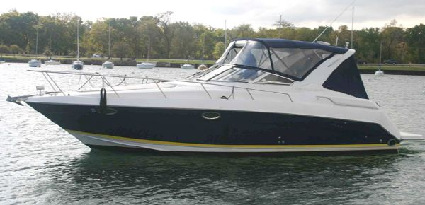 Regal 3260 Commodore