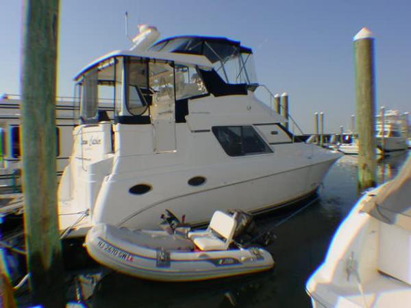 Silverton 352 Motor Yacht in MINT COND!