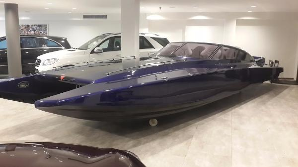 Azzurro IV