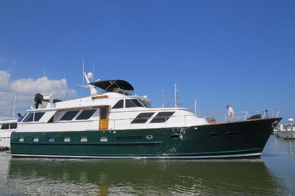 Broward 70' Pilothouse Motor Yacht 70' Broward PHMY, stbd beam