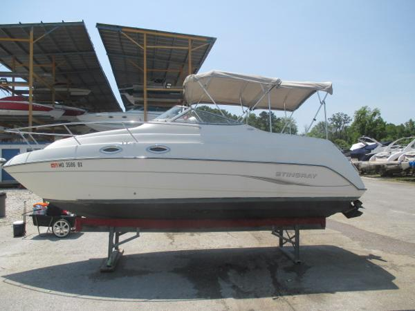 Stingray 240 CS Port Side #1